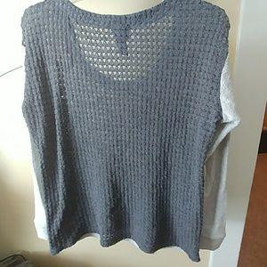 Daytrip Tops - Daytrip Sweatshirt